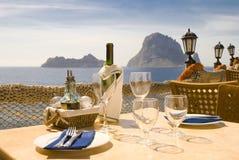 Almuerzo o cena del serie de Ibiza   Foto de archivo libre de regalías