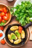 Almuerzo vegetariano preparado de la verdura y de verdes Imagenes de archivo
