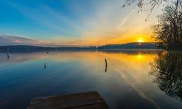 Alndscape del lago ad alba Immagini Stock Libere da Diritti