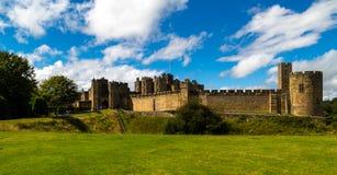 Alnwich slott - Northumberland Arkivfoto