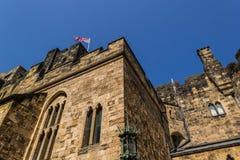 Alnwick Kasteel in Northumberland, Engeland stock afbeeldingen