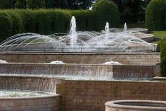 ALNWICK, NORTHUMBERLAND/UK - 19 AGOSTO: Caratteristica dell'acqua in Alnwic Fotografia Stock Libera da Diritti