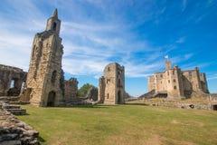Alnwick slott Skottland Förenade kungariket Europa royaltyfria foton