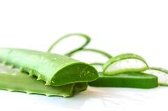 Aloe geschnitten, lokalisiert Lizenzfreie Stockbilder