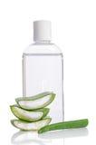 Aloe vera e bottiglia di acqua Fotografia Stock