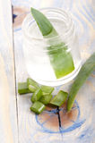 Aloe vera juice with fresh leaves Stock Photography
