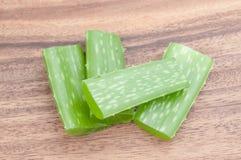 Aloe vera su legno Fotografie Stock
