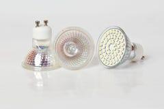 Alogeno e lampadina del LED Immagine Stock Libera da Diritti