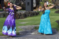 Free Aloha Festival. Attractive Young Girls In Traditional Dress Perform Hawaiian Dance Royalty Free Stock Image - 187465696