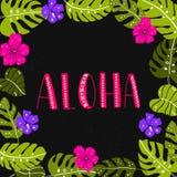 Alohawoord in tropisch bladeren en bloemenkader Stock Fotografie