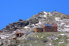 Alojamento das montanhas Fotos de Stock Royalty Free