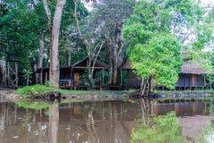 Alojamento do turista do beira-rio foto de stock