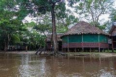 Alojamento do turista do beira-rio fotos de stock