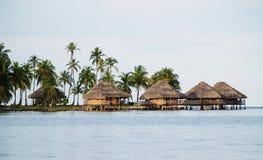 Alojamentos na água, consoles de San Blas Fotografia de Stock