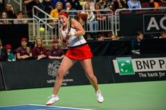 Alona Ostapenko, durante jogo redondo do grupo II do mundo o primeiro entre a equipe Letónia e a equipe Eslováquia imagem de stock royalty free