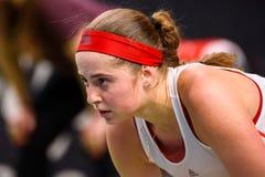 Alona Ostapenko, pendant jeu rond du groupe II du monde le premier entre l'équipe Lettonie et l'équipe Slovaquie image stock