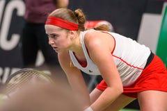 Alona Ostapenko podczas świat grupy II Round Pierwszy gry między drużynowym Latvia Sistani i drużyną, obraz stock