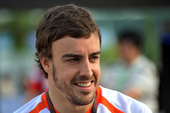 Alonso 2009 f1 fernando emballant l'équipe de Renault Images stock