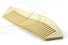 Alopecia με την άσπρη βούρτσα γηα τα μαλλιά Στοκ Εικόνες