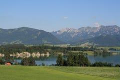Alp Lakes i Tyskland, år 2009 Arkivfoto