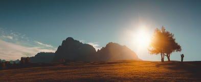 Alpe di Siusi Paesaggio di alba di autunno Fotografia Stock Libera da Diritti