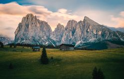 Alpe di Siusi Seisser Alm. Meadows and traditional old mountain chalets Stock Photo