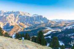 Alpe di Suisi al tramonto nelle alpi dell'italiano di inverno Immagine Stock