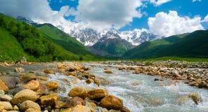 Alpejski jezioro blisko Ushguli, Gruzja. Zdjęcia Stock