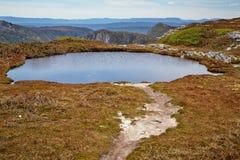 Alpejski jezioro w Kołysankowej górze - jeziora St. Clair park narodowy, T Obrazy Royalty Free