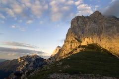 Alpejski krajobraz w zmierzchu Zdjęcia Royalty Free