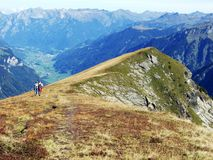 Alpejski odgórny Chamerstock, lokalizujący między dolinami Urner Boden, Linthal i Fisetenbach, fotografia stock