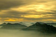 Alpen bij schemer Royalty-vrije Stock Fotografie
