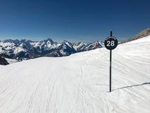 Alpen in de winter Stock Foto's