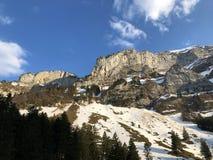 Alpengipfel Bogartenfirst und Schafberg im Alpstein-Gebirgszug und in der Appenzellerland-Region stockfoto