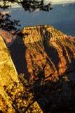 Alpenglow dipinge le scogliere e le creste Fotografia Stock Libera da Diritti