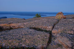 Alpenglow at sunset makes the Pink Granite rocks and crevasses o Royalty Free Stock Photos