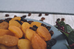 Alperces secados e raisins imagens de stock royalty free