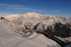 Alpes autrichiens : Mountain View panoramique de la neige de Grossglockner image stock