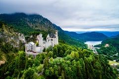 Alpes bavarois Allemagne de château de Neuschwanstein Image stock