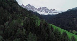 Alpes d'Italien de dolomites banque de vidéos