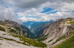 Alpes das dolomites em Italy Vista bonita das montanhas Imagem de Stock Royalty Free