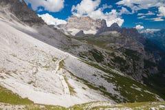 Alpes das dolomites em Italy Vista bonita das montanhas Fotografia de Stock