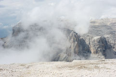 Alpes de dolomite, Pordoi Image stock