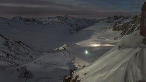 Alpes de Milou à la faute de nuit banque de vidéos