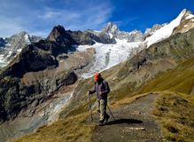 Alpes se baladant Images stock
