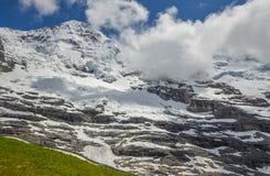 Alpes suisses majestueux images stock