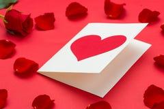 κενά κόκκινα τριαντάφυλλ&alph Στοκ Φωτογραφίες