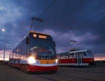 Alpha de Skoda 15T ForCity de tramway le soir images libres de droits