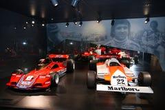 Alpha- Romeo Formula 1 modellen op vertoning bij het Historische Museum Alfa Romeo royalty-vrije stock afbeelding