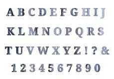 Alphabet anglais et nombres en bois images stock